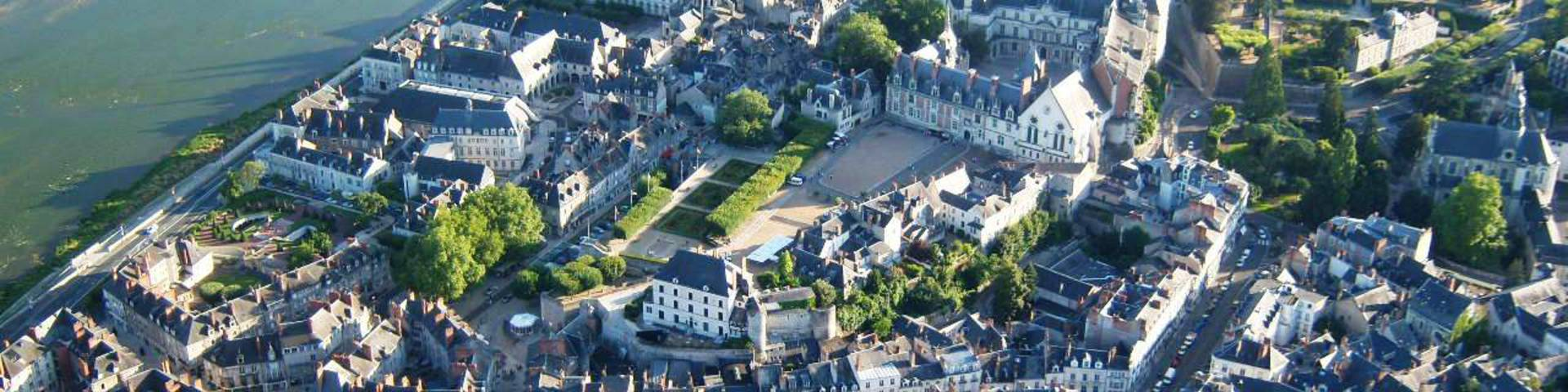 The city of Blois and its Royal Castle seen from the sky. © OTBC