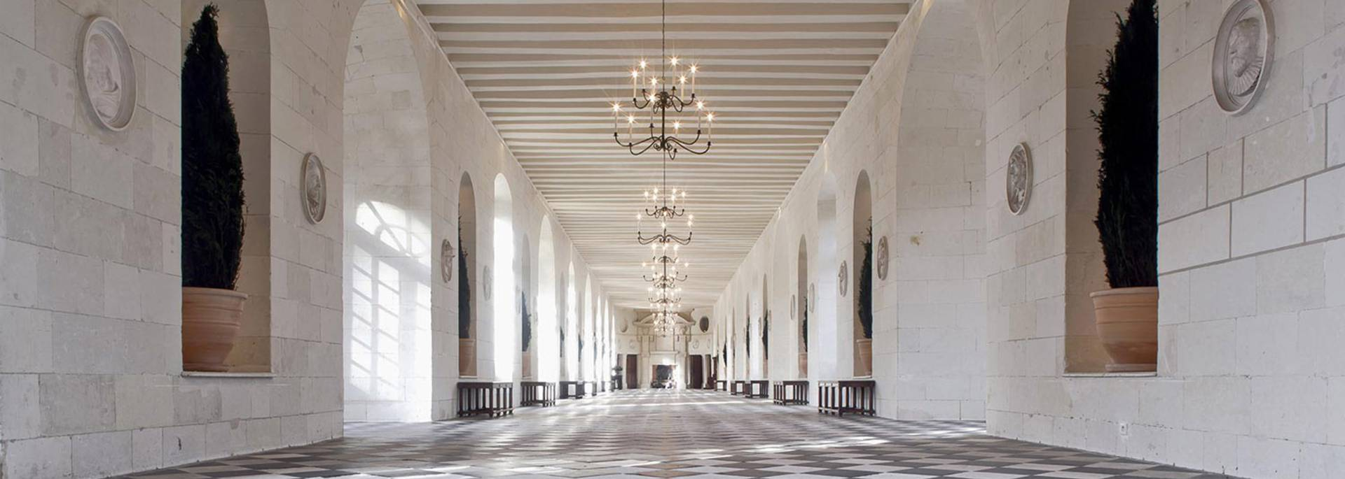 The interior of the Château de Chenonceau