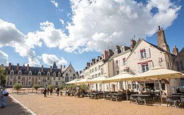 The Place du Château, Blois