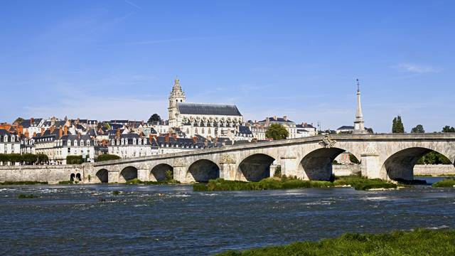 Blois, a city overflowing with history © Michel Angot