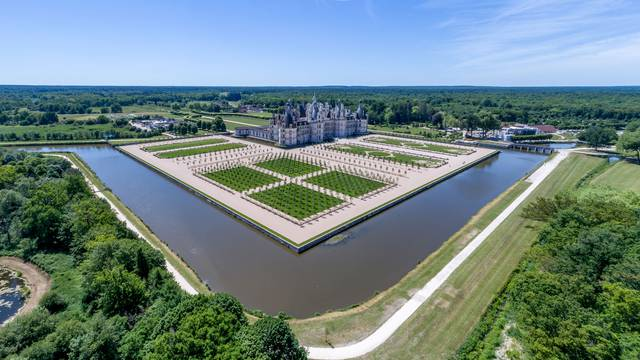 The Château de Chambord, magnum opus of the reign of François I. © Blois Chambord Tourist Office