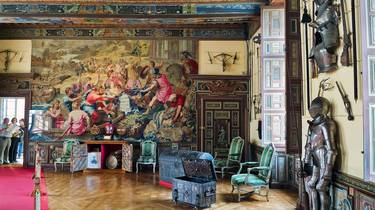 The Arms room of Cheverny Castle. © Tere Pedro