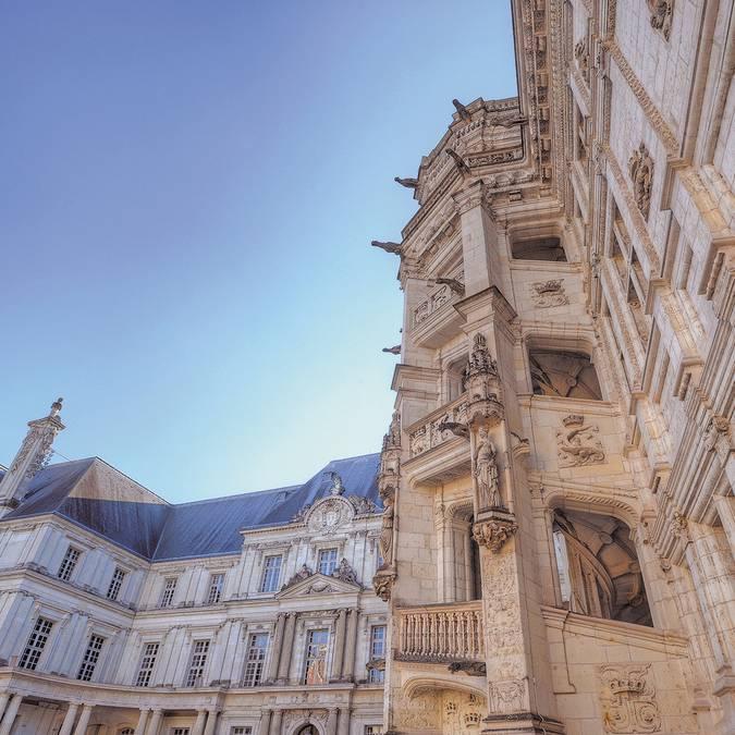 François I staircase of the Royal Chateau de Blois © L. de Serres