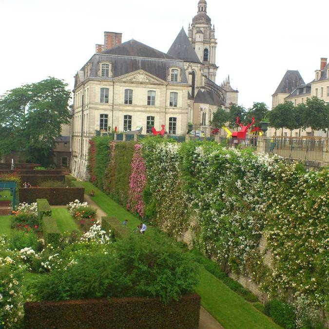 """Jardins de l'évêché"" at Blois. © © Blois Chambord Tourist Office"