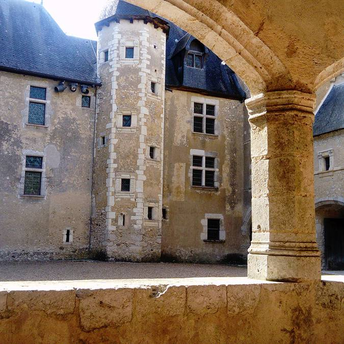 The galleries of the Château de Fougères-sur-Bièvre